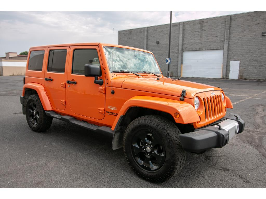 Pre Owned 2013 Jeep Wrangler Unlimited Sahara 4x4 3.6L V6 Jeep