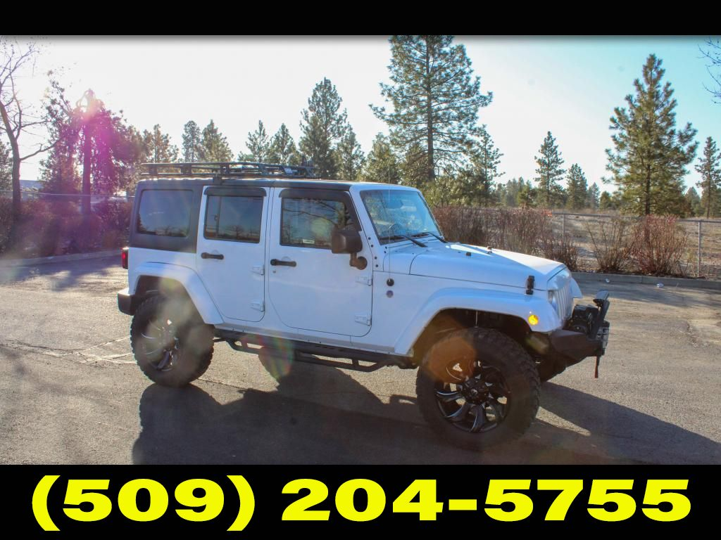 Pre-Owned 2017 Jeep Wrangler Unlimited Sahara 3.6L V6 4x4 SUV