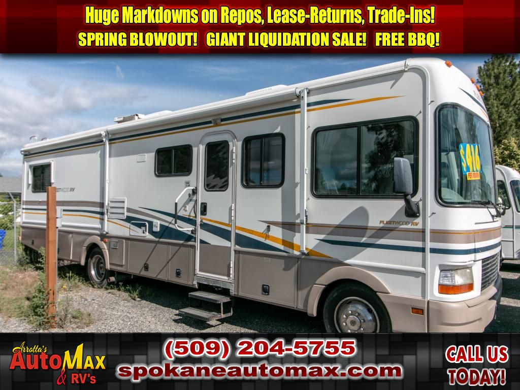 Pre-Owned 2002 FLEETWOOD BOUNDER 33R
