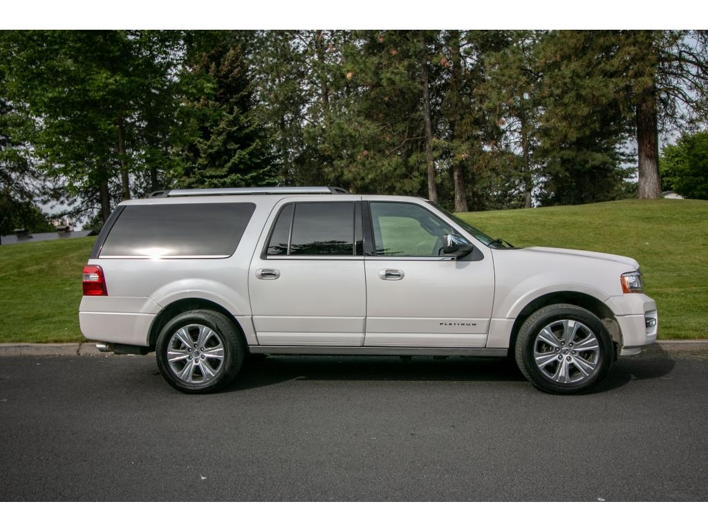 Pre Owned  Ford Expedition Platinum Xl V Ecoboost