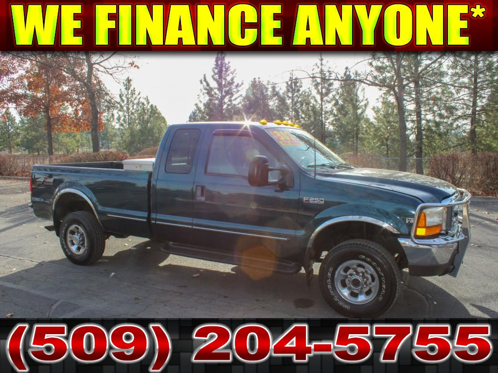 Pre-Owned 1999 Ford F-250 Super Duty LARIAT 7.3L V8 4x4 Diesel Truck