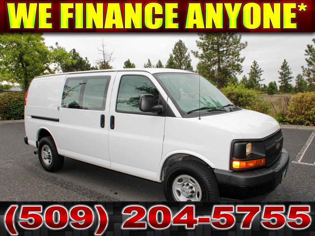Pre-Owned 2017 Chevrolet Express 2500 4.8L V8 3/4 Ton Van