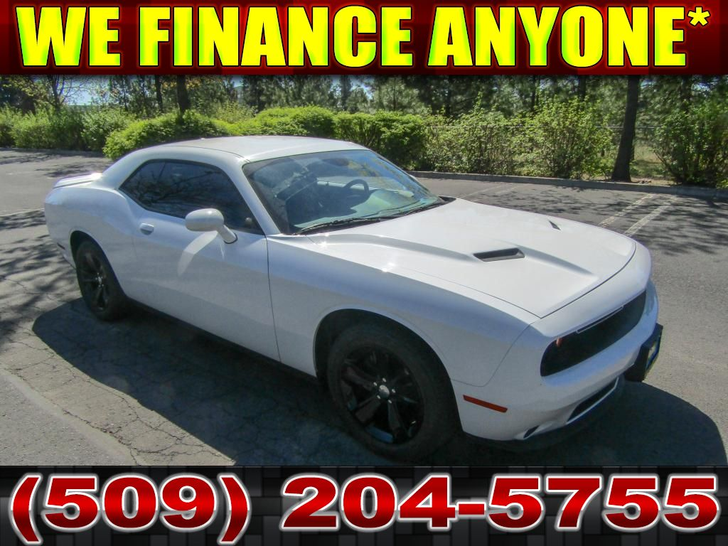 Pre-Owned 2018 Dodge Challenger SXT Premium package Muscle Car
