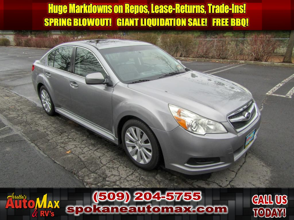 Pre-Owned 2011 Subaru Legacy 3.6R Ltd Pwr Moon/Navigation