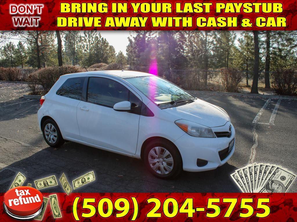Pre-Owned 2013 Toyota Yaris L 1.5L FWD Hatchback