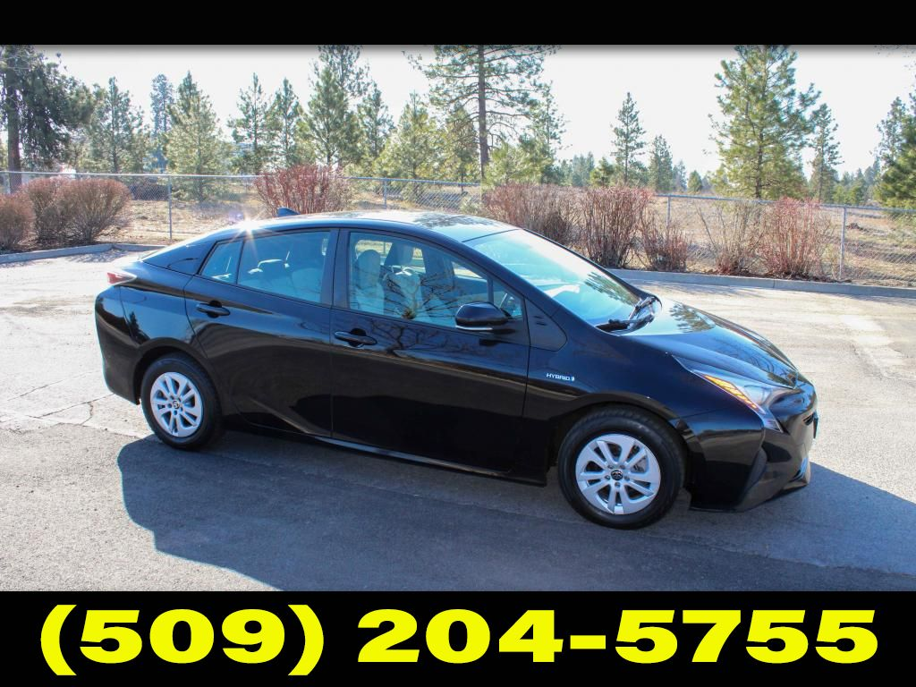 Pre-Owned 2016 Toyota Prius TWO 1.8L FWD Hatchback