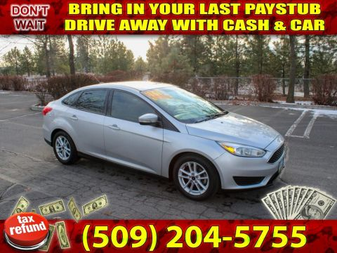 Pre-Owned 2016 Ford Focus SE 30+MPG 1 owner local trade