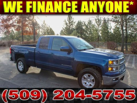 Pre-Owned 2015 Chevrolet Silverado 1500 LT 5.3L CrewCab 4x4 Brand New tires