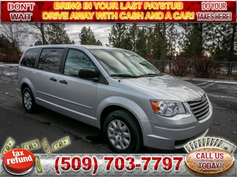Pre-Owned 2008 Chrysler Town & Country LX 3.3L V6 STOW 'N GO Minivan