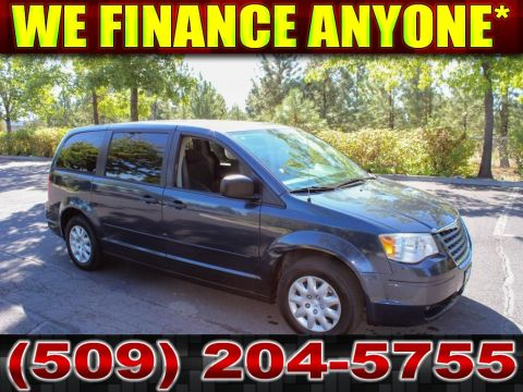 Pre-Owned 2008 Chrysler Town & Country LX 3.3L V6 Front Wheel Drive Minivan