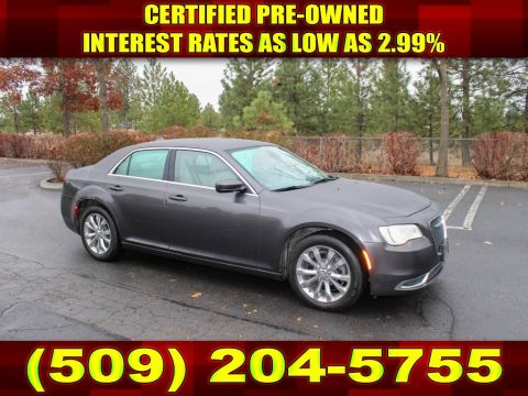 Pre-Owned 2017 Chrysler 300 Limited 3.6L V6 AWD Sedan