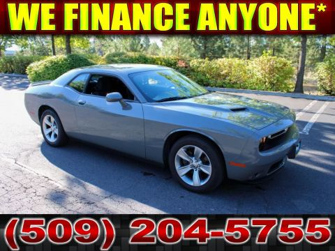 Pre-Owned 2018 Dodge Challenger SXT 3.6L V6 8-Speed Muscle Car