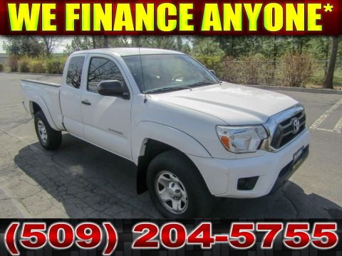 Pre-Owned 2014 Toyota Tacoma EX-cab 4x4 Pickup Truck